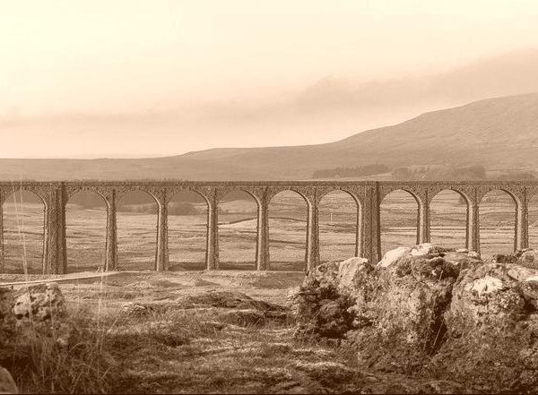 ribblehead-viaduct-2443085_1920-e1521123123777-vintage